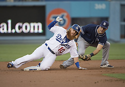 August 11, 2017 - Los Angeles, California, U.S - 11 Aug 2017. The Los Angeles Dodgers play the San Diego Padres in the first  game of a three-game series at Dodger Stadium. Pictured is Dodger Justin Turner tagged out at 2nd base. (Credit Image: © Prensa Internacional via ZUMA Wire)