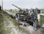 """Colorized photographs soldiers from the World War One<br /> <br /> With his impressive colorized photographs of the World War One, Frédéric Duriez gives us a new look at the conflict that ravaged the world between 1914 and 1918, revealing the difficult daily life of the French soldiers. <br /> <br /> Photo Shows: """"Canadian officers interested in a large French gun mounted on railroad. October, 1917.Credit: Canada. Dept. of National Defence/Library and Archives Canada.<br /> ©Frédéric Duriez/Exclusivepix Media"""
