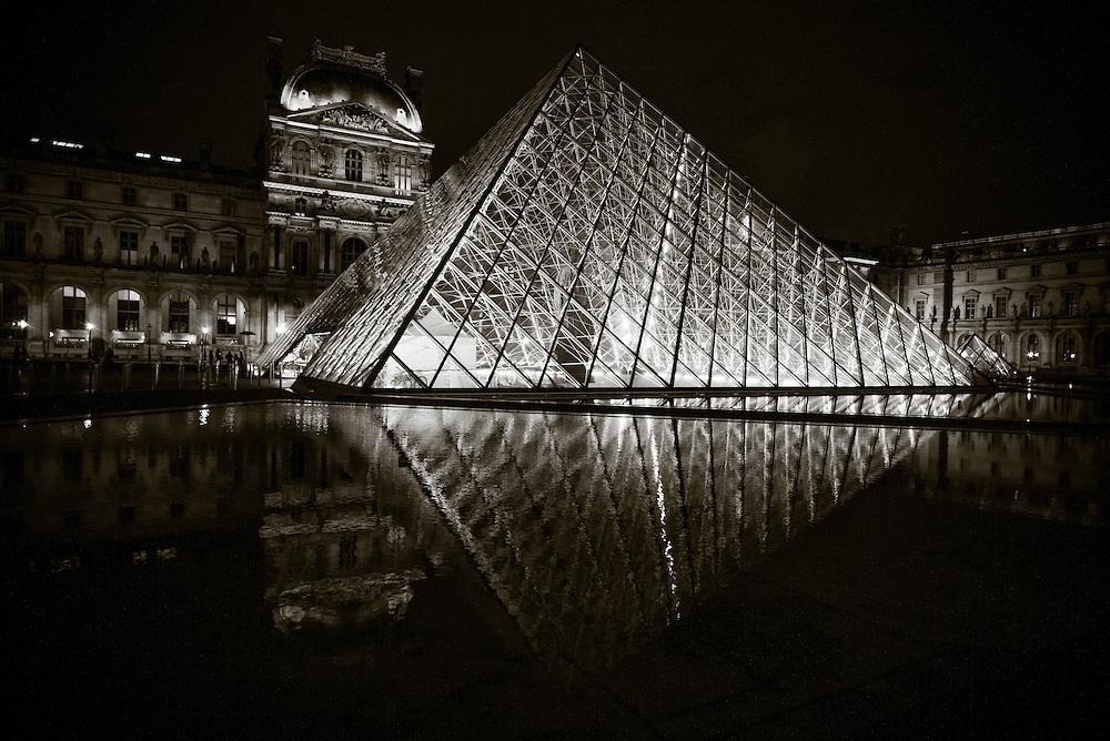 Musee de Louvre, Paris, France. November 24 2013. Photograph ©2013 Darren Carroll