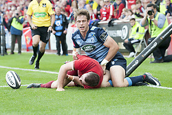 September 30, 2017 - Limerick, Ireland - JJ Hanrahan of Munster scores a try during the Guinness PRO14 Conference A Round 5 match between Munster Rugby and Cardiff Blues at Thomond Park in Limerick, Ireland on September 30, 2017  (Credit Image: © Andrew Surma/NurPhoto via ZUMA Press)