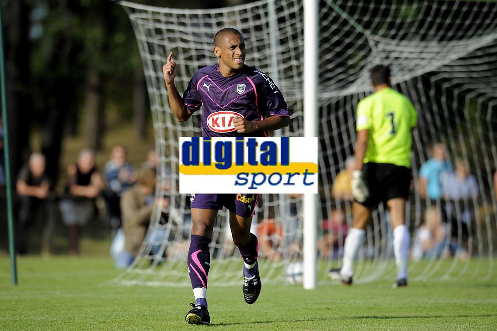 FOOTBALL - FRIENDLY GAMES 2010/2011 - GIRONDINS BORDEAUX v AC AJACCIO - 17/07/2010 - PHOTO JEAN MARIE HERVIO / DPPI - JOY JUSSIE (BOR) AFTER HIS PENALTY GOAL