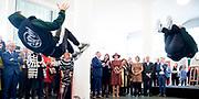Koningin Maxima tijdens de opening van de tentoonstelling Basquiat, The Artist and His New York Scene in SCHUNCK museum, Heerrlen.<br /> <br /> Queen Maxima at the opening of the exhibition Basquiat, The Artist and His New York Scene at SCHUNCK museum<br /> <br /> Op de foto: