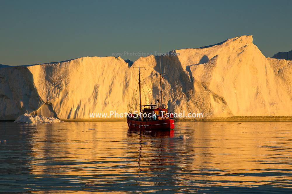 Icebergs from the icefjord, Ilulissat, Disko Bay, Greenland, Polar Region
