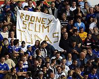 Fotball<br /> Premier League 2004/05<br /> Portsmouth v Everton<br /> 26. september 2004<br /> Foto: Digitalsport<br /> NORWAY ONLY<br /> Everton fans message to Wayne Rooney