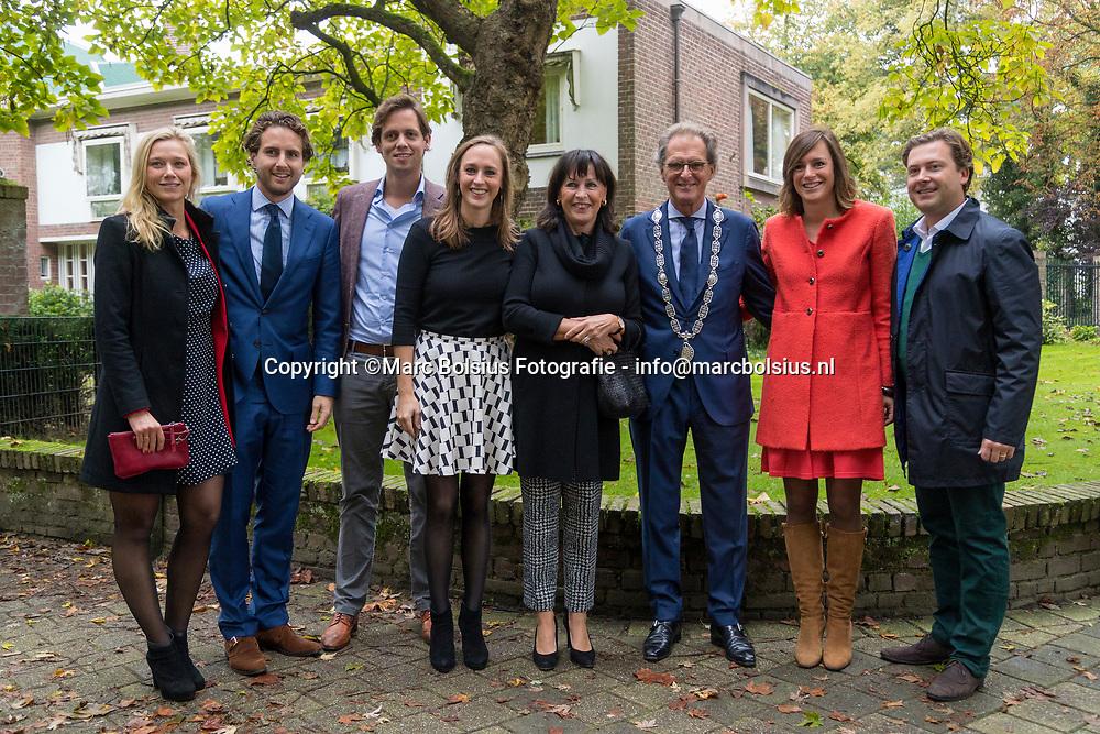 Nederland,  Den Bosch, de laatse dad van burgemeester Ton Rombouts van de gemeente Den Bosch. foto familie Rombouts met aanhang