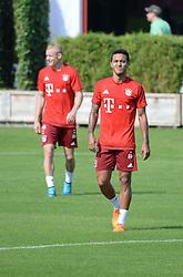 23.08.2015, Saebener Strasse, Muenchen, GER, 1. FBL, FC Bayern Muenchen, Training, im Bild vl. Thiago Alcantara ( FC Bayern Muenchen ) // during a Trainingssession of German Bundesliga Club FC Bayern Munich at the Saebener Strasse in Muenchen, Germany on 2015/08/23. EXPA Pictures © 2015, PhotoCredit: EXPA/ Eibner-Pressefoto/ Vallejos<br /> <br /> *****ATTENTION - OUT of GER*****