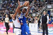DESCRIZIONE : Bologna LNP A2 2015-16 Eternedile Bologna De Longhi Treviso<br /> GIOCATORE : La Marshall Corbett<br /> CATEGORIA : Tiro penetrazione<br /> SQUADRA : De Longhi Treviso<br /> EVENTO : Campionato LNP A2 2015-2016<br /> GARA : Eternedile Bologna De Longhi Treviso<br /> DATA : 15/11/2015<br /> SPORT : Pallacanestro <br /> AUTORE : Agenzia Ciamillo-Castoria/A.Giberti<br /> Galleria : LNP A2 2015-2016<br /> Fotonotizia : Bologna LNP A2 2015-16 Eternedile Bologna De Longhi Treviso