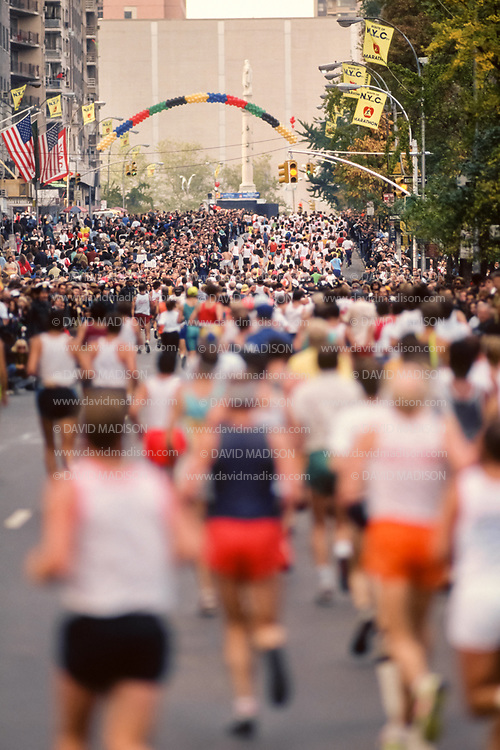 NEW YORK - NOVEMBER 3:  Runners competing in the 1991 New York City Marathon run on Central Park South in Manhattan as they approach the end of the marathon on November 3, 1991 in New York, New York.  (Photo by David Madison/Getty Images)