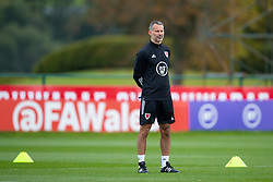 CARDIFF, WALES - Wednesday, September 2, 2020: Wales' manager Ryan Giggs during a training session at the Vale Resort ahead of the UEFA Nations League Group Stage League B Group 4 match between Finland and Wales. (Pic by David Rawcliffe/Propaganda)