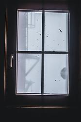 THEMENBILD - Blick aus einem Fenster am Sonnblick Observatorium, aufgenommen am 20. November 2018, Rauris, Österreich // view outside of a window at the Observatory Sonnblick on 2018/11/20, Rauris, Austria. EXPA Pictures © 2018, PhotoCredit: EXPA/ JFK