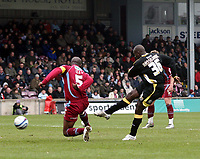 Photo: Mark Stephenson/Richard Lane Photography. <br /> Scunthorpe United v Cardiff City. Coca-Cola Championship. 19/04/2008. Cardiff's Jimmy Floyd Hasselbaink scores for 1-0 in the first half