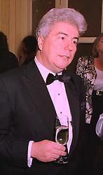 Writer KEN FOLLETT, at a reception in London on 5th February 1998.MFF 15