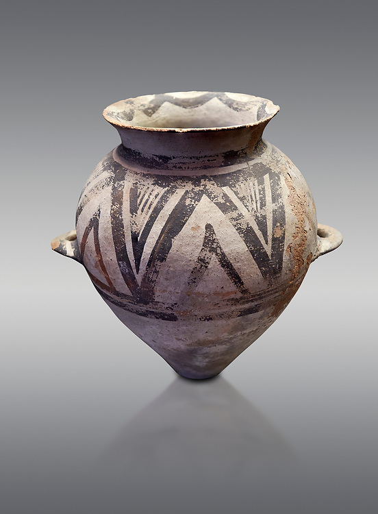 Cycladic amphora with 'melian' painted motifs.  Early Cycladic III (2300-2000 BC) , Phylakopi I, Melos. National Archaeological Museum Athens.   Grey background. .<br /> <br /> If you prefer to buy from our ALAMY PHOTO LIBRARY  Collection visit : https://www.alamy.com/portfolio/paul-williams-funkystock/cycladic-art-artefacts.html Type into the LOWER SEARCH WITHIN GALLERY box to refine search by adding background colour, place, museum etc<br /> <br /> Visit our CYCLADIC CIVILISATIONS PHOTO COLLECTIONS for more photos to download or buy as wall art prints https://funkystock.photoshelter.com/gallery-collection/Cycladic-civilisation-Ancient-Greek-Artefacts-art-Photos-Pictures-Images/C0000CmevVvnC.XU