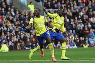 Yannick Bolasie of Everton (l) celebrates after scoring his teams 1st goal with Romelu Lukaku of Everton behind. Premier League match, Burnley v Everton at Turf Moor in Burnley , Lancs on Saturday 22nd October 2016.<br /> pic by Chris Stading, Andrew Orchard sports photography.