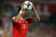 Gareth Bale of Wales takes a long throw-in. Wales v Austria , FIFA World Cup qualifier , European group D match at the Cardiff city Stadium in Cardiff , South Wales on Saturday 2nd September 2017. pic by Andrew Orchard, Andrew Orchard sports photography
