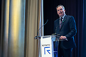 32. Welcoming remarks by Jan-Coos Geesink, Chief Revenue Officer, Refinitiv