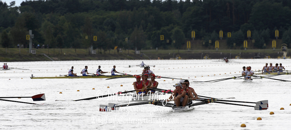 Racice CZECH REPUBLIC. crews paddling after their semi final races, Semi-finals day, at the  FISA World U23 Championships,  held on the Racice Rowing Course, 14:44:22 Saturday  25/07/2009,  [Mandatory Credit Peter Spurrier/ Intersport Images]