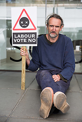 London, UK. 9th June, 2018. Roger Hallam among climate change activists from Vote No Heathrow commencing a hunger strike outside the Labour Party HQ to urge the party to commit its MPs to voting in Parliament against approval of a third runway at Heathrow Airport. Cabinet approval was given last week.