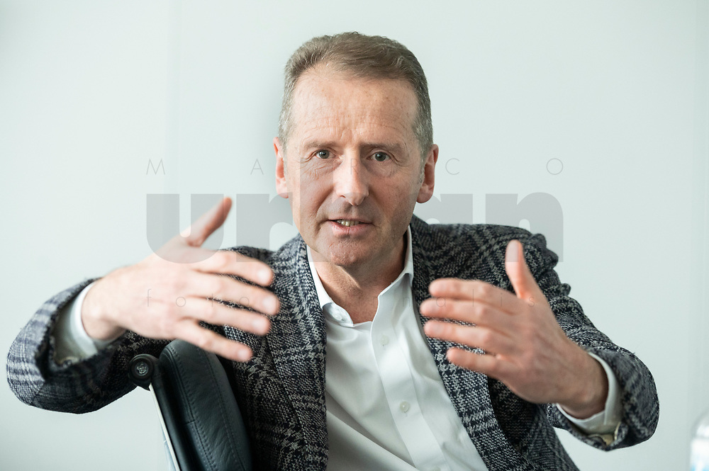 30 MAR 2020, WOLFSBURG/GERMANY:<br /> Herbert Diess, Vorstandsvorsitzender Volkswagen AG, nach einem Interview, VW Konzernzentrale<br /> IMAGE: 20200330-01-060