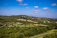 24-10-2018 Almenara Golf Club in Sotogrande, Cádiz, ontworpen door Dave Thomas.<br /> ALMENARA: Los Alcornoques vanaf de weg gezien