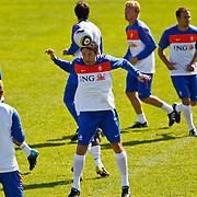 NLD/Katwijk/20100831 - Training Nederlands Elftal kwalificatie EK 2012, Marc van Bommel
