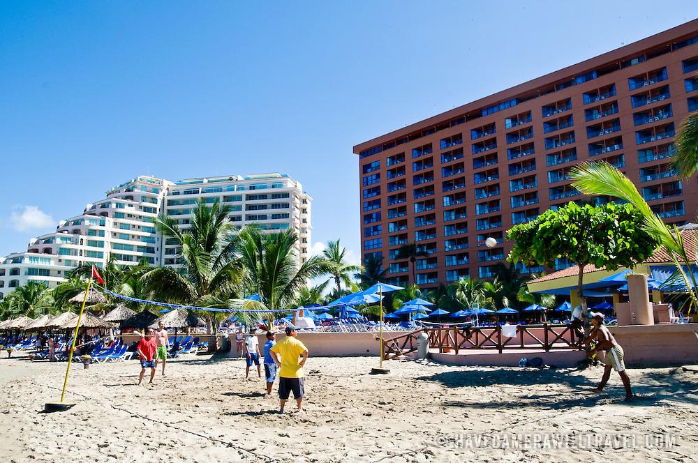Luxury resorts at Bahia del Palmar (Palmar Bay) Ixtapa, Guerrero, Mexico