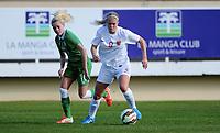 Fotball , 15. januar 2015 , privatkamp , kvinner , damer<br /> Norge - Irland<br /> Norway - Ireland<br /> Solveig Gulbrandsen  , Norge <br /> Denise O´Sullivan , Irland