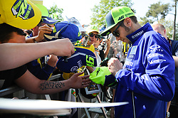 May 19, 2018 - Le Mans, France - Valentino Rossi meet the fans at Bugatti Circuit, Le Mans France.during MotoGP Le Mans practice sessions in France  (Credit Image: © Gaetano Piazzolla/Pacific Press via ZUMA Wire)