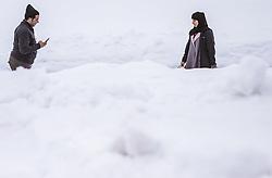 THEMENBILD - Arabische Touristen auf einer Piste am Kitzsteinhorn, aufgenommen am 16. Juli 2019 in Kaprun, Österreich // Arab tourists on a slope at the Kitzsteinhorn, Kaprun, Austria on 2019/07/16. EXPA Pictures © 2019, PhotoCredit: EXPA/ JFK