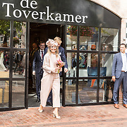 NLD/Hoogeveen/20190918 - Koningspaar brengt bezoek Zuid-west Drenthe, Koning Willem Alexander en Koningin Maxima bezoeken de Toverkamer