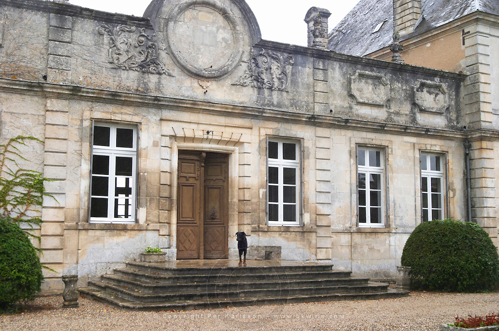 The front towards the gate and court yard of the chateau building with classic facade and stately steps leading up to the door. Chateau de Cerons (Cérons) Sauternes Gironde Aquitaine France