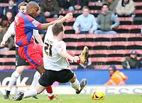 Photo: Alex Pelaez.<br /> Crystal Palace v Luton Town. Coca Cola Championship. 24/02/2007.<br /> Keane of Luton tackles Morrison of Palace