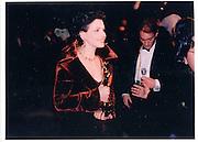 Juliette Binoche. V.F Oscar night Party. 24 March 1997. © Copyright Photograph by Dafydd Jones 66 Stockwell Park Rd. London SW9 0DA Tel 020 7733 0108 www.dafjones.com