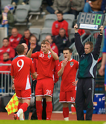 REYKJAVIK, ICELAND - Wednesday, May 28, 2008: Wales' Sam Vokes replaces Freddy Eastwood as a substitute against Iceland during the international friendly match at the Laugardalsvollur Stadium. (Photo by David Rawcliffe/Propaganda)