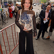 Uitreiking Bert Haantra Oeuvreprijs 2004, staatssecretaris Medy van der Laan