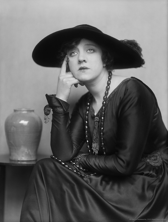 Violet Loraine, music hall actress and singer