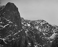 Wintertime in Yosemite Valley. Yosemite National Park. Image taken with a Nikon D3s camera and 50 mm f/1.4 lens (ISO 200, 50 mm, f/2, 1/100 sec).