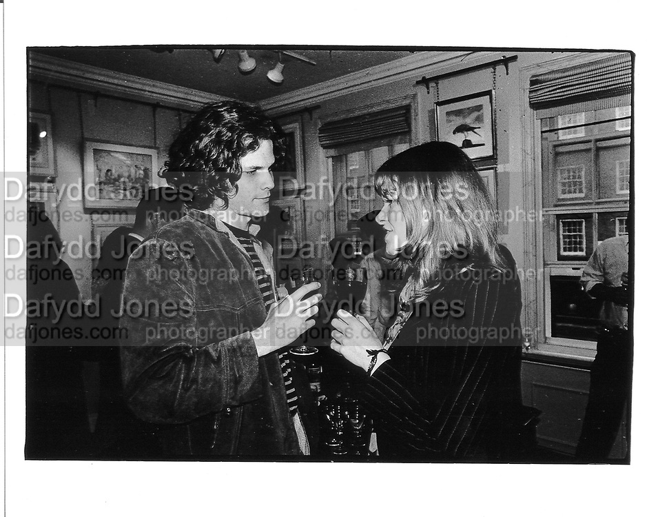 Tarka Cordell and Catherine Fitzgerald. 1990 approx. © Copyright Photograph by Dafydd Jones 66 Stockwell Park Rd. London SW9 0DA Tel 020 7733 0108 www.dafjones.com