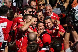 November 12, 2017 - Sao Paulo, Brazil - Motorsports: FIA Formula One World Championship 2017, Grand Prix of Brazil, .mechanic of Scuderia Ferrari  (Credit Image: © Hoch Zwei via ZUMA Wire)