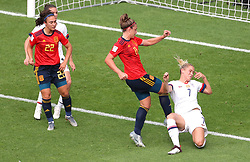 USA's Abby Dahlkemper (right) and Spain's Alexia Putellas (centre) in action