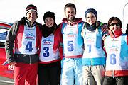 André Roger Weiss, Nina Havel, Sandro Cavegn, Corinne Schädler und Monika Fasnacht. «Renzo's Schneeplausch» vom 23. Januar 2016 in Vella, Gemeinde Lumnezia.