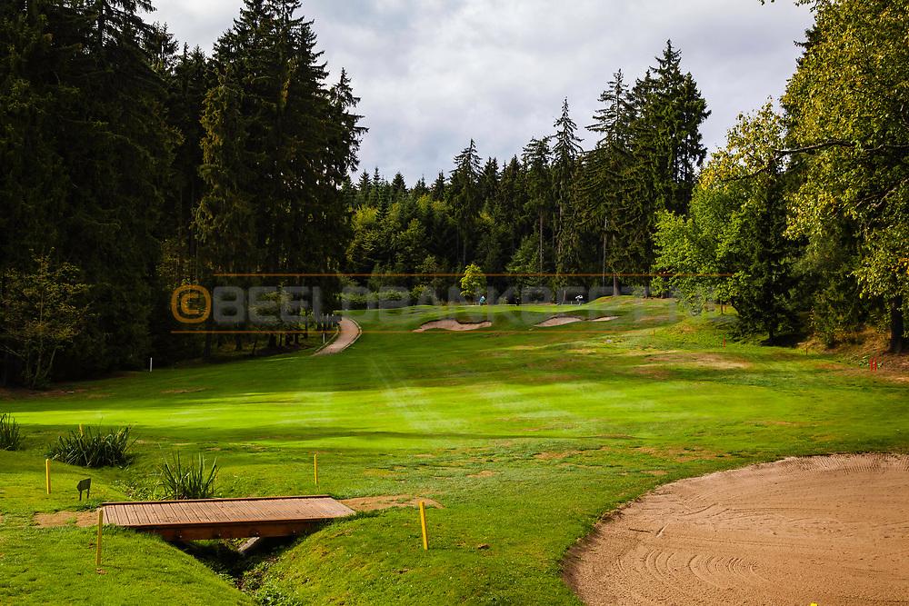 20-09-2015: Royal Golf Club Marianske Lazne in Marianske Lazne (Marienbad), Tsjechië.<br /> Foto: Fraaie bos-en parkbaan