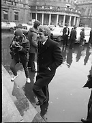 TDs arrive for the opening session of the 23rd Dáil...9-03-82.03-09-1982.9th March 1982..Pictured At Leinster House. ..Austin Currie of the Northern nationalist Party the SDLP at Leinster House