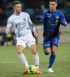 Casper Sloth (FC Helsingør) og Liam Jordan (HB Køge) under kampen i 1. Division mellem HB Køge og FC Helsingør den 4. december 2020 på Capelli Sport Stadion i Køge (Foto: Claus Birch).