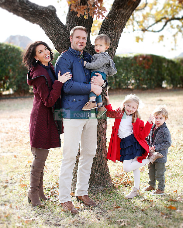 EXCLUSIVE: Bachelor alum Melissa Rycroft looks stunning as she spends some quality time with her ever growing family at her gorgeous home in Dallas,Texas. The former Bachelor contestant now has a wonderful family life with her husband Tye Strickland and children Ava, 6, Beckett, 3, and 18-month-old Cayson. 20 Feb 2018 Pictured: Melissa Rycroft, Tye Strickland and children. Photo credit: MOVI Inc. / MEGA TheMegaAgency.com +1 888 505 6342