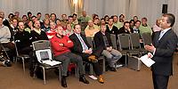 SOESTDUINEN - Congres PGA Holland. Directeur  PGA, Frank Kirsten . Aan het woord Jimmy van Heuven van Staereling .  COPYRIGHT KOEN SUYK
