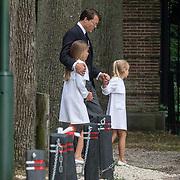 NLD/Lage Vuursche/20130816 - Uitvaart prins Friso, Constantijn en kinderen Eloise, Leonore