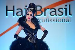 Show Intercoiffure Argentina durante a Hair Brasil 2013 - 12 ª Feira Internacional de Beleza, Cabelos e Estética, que acontece de 06 a 09 de abril no Expocenter Norte, em São Paulo. FOTO: Jefferson Bernardes/Preview.com
