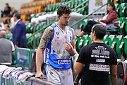 DESCRIZIONE : Beko Legabasket Serie A 2015- 2016 Dinamo Banco di Sardegna Sassari - Enel Brindisi<br /> GIOCATORE : Joe Alexander<br /> CATEGORIA : Before Pregame<br /> SQUADRA : Dinamo Banco di Sardegna Sassari<br /> EVENTO : Beko Legabasket Serie A 2015-2016<br /> GARA : Dinamo Banco di Sardegna Sassari - Enel Brindisi<br /> DATA : 18/10/2015<br /> SPORT : Pallacanestro <br /> AUTORE : Agenzia Ciamillo-Castoria/C.Atzori