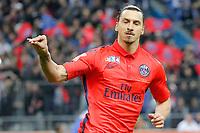 Zlatan Ibrahimovic (psg) - joie suite a son but et ferme la bouche aux supporter de Bastia